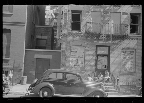 Library of Congress, Prints & Photographs Division, FSA/OWI Collection, LC-USF3301-006712-M3 (b&w film dup. neg.)