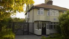 251 Menlove Avenue, John Lennon's childhood him in Woolton, Liverp;oil