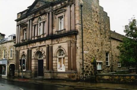 http://www.harveystevens.com/Town_Hall__Forres_op_800x529.jpg
